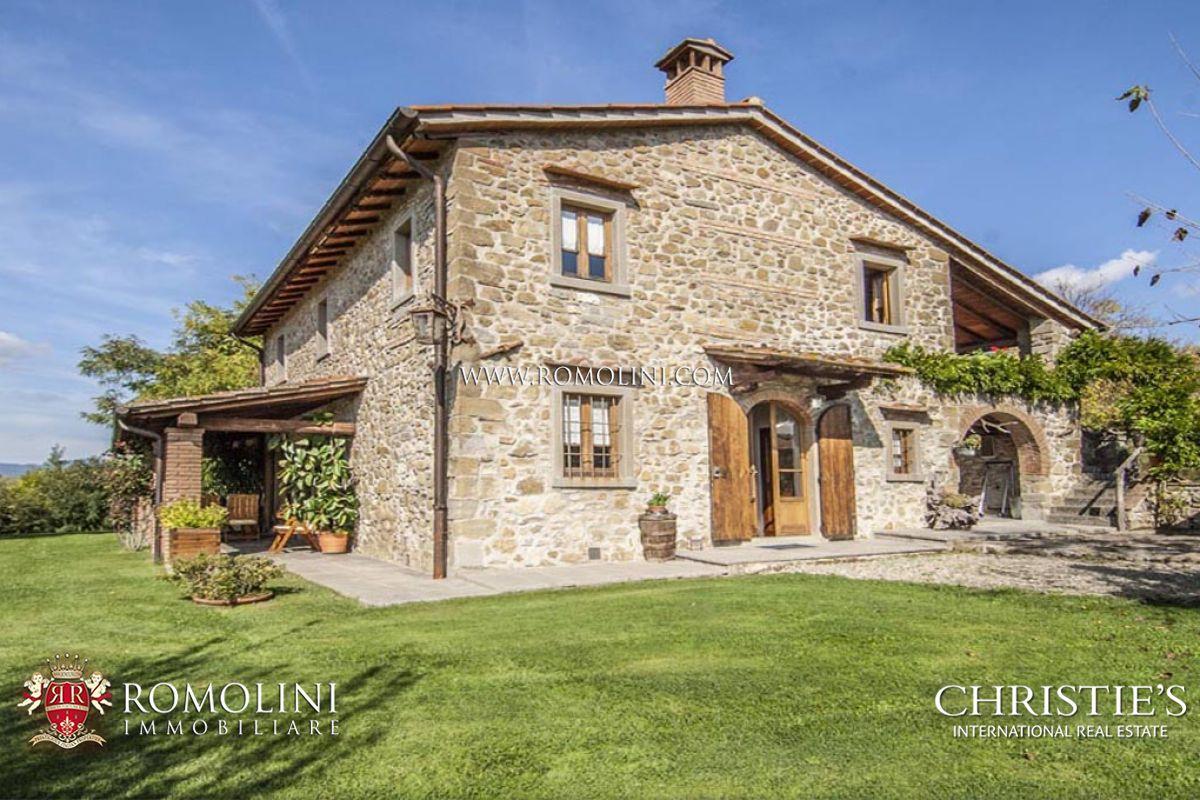 Landhaus zu verkaufen in poppi casentino toskana for Tuscan farmhouse plans