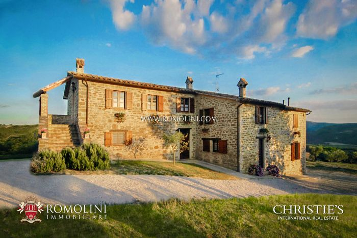 AGRITURISMO FOR SALE IN UMBRIA