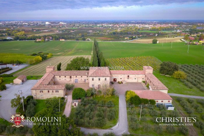 WINE ESTATE WITH CASTLE FOR SALE IN ITALY